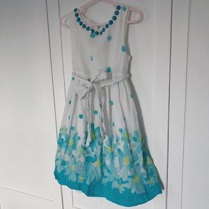 Other - pretty blue & White girls floral spring dress 8